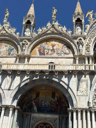 Собор Святого Марка (Базилика Сан-Марко): Entrée principale