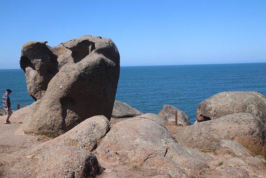 Kaiki Walk - Granite Island: More interesting rocks
