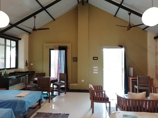 Gulmohar Homestay: Other two Beds