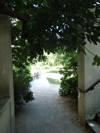 Jardin des Rosiers - Joseph-Migneret: Passage d'une section à l'autre