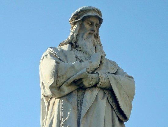 Monumento a Leonardo da Vinci