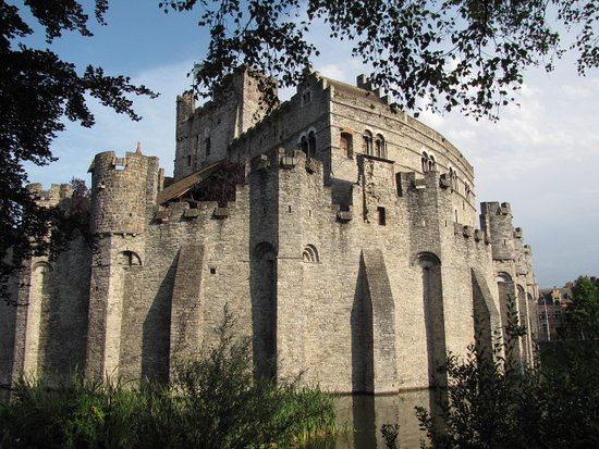 Gravensteen Castle - View from the canal - No. 2