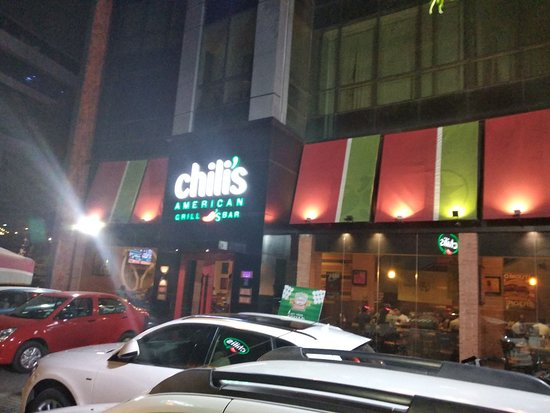 Chili's American Grille: Front View