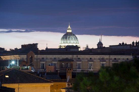 Terrace Pantheon Relais: Un breve scorcio dalla nostra unica terrazza