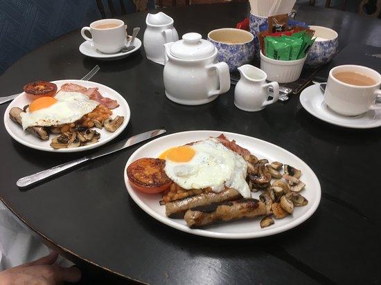 Biggin-by-Hartington, UK: Traditional English Breakfast