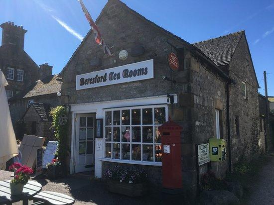 Biggin-by-Hartington, UK: Beresford Tea Rooms in Hartington