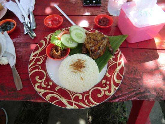 Jiwangga Resto: Hähnchen mit Reis
