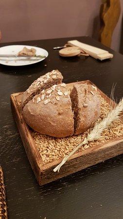 Bad Schorgau Restaurant & Bistro Alpes: Brot