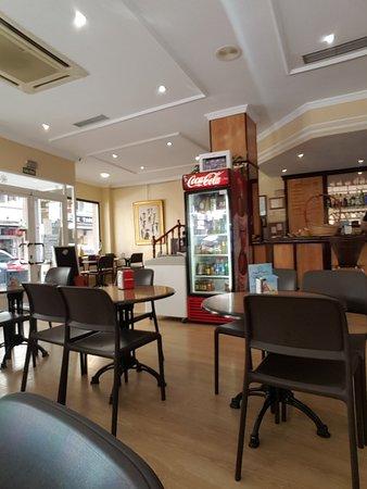El Casco Antiguo de Benidorm: Cafe Mayna in the Old Town