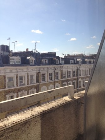 Park Grand London Kensington: visuale camera ultimo piano