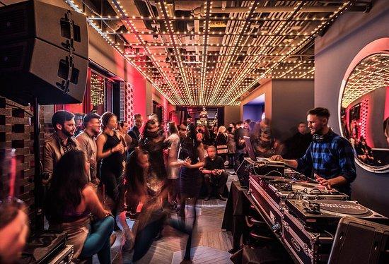 Cerise Rooftop: Weekend entertainment 