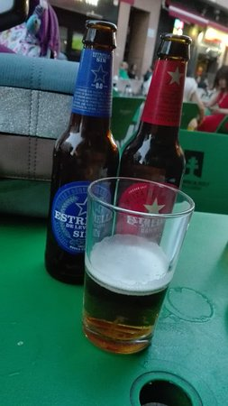 Cerveceria taperia El Ave Turuta: Cervezas.