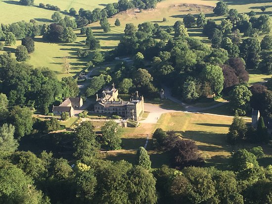 Wickers World Balloon Flights: Ilam Hall