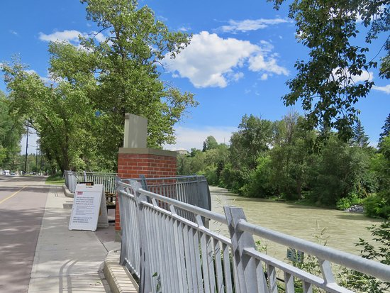 Elbow River Promenade