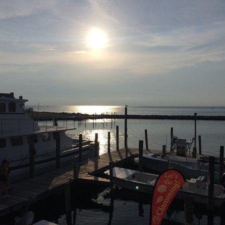 Breakwater Restaurant: Dinner and views