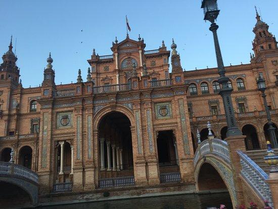 Horse & Carriage Tour: Horsing around Seville