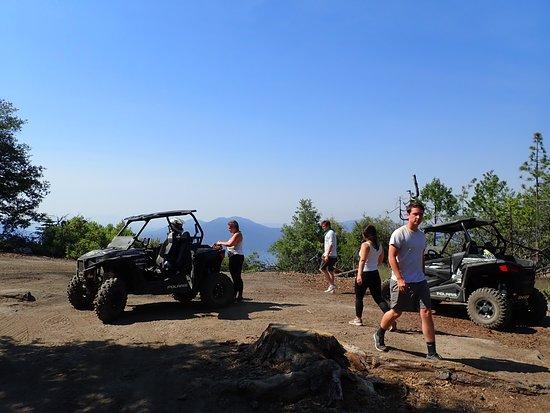 Sierra Nevada Motorsports: Bass lake view stop