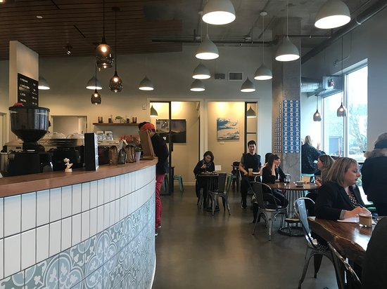 Bellden Cafe: Inside