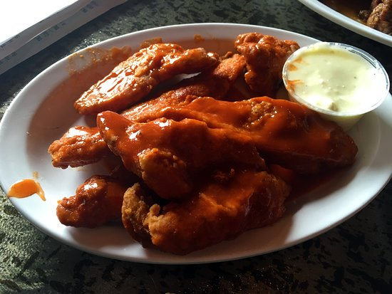 Chicken Wings Picture Of Tilt Wurks Brewhouse Casino Miles