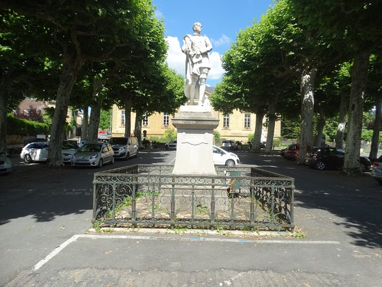 Statue d'Etienne de la Boetie