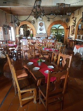 Restaurante Hosteria Bar El Adobe: Salon