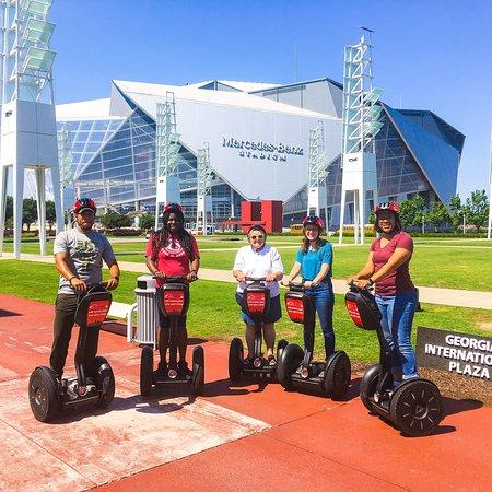ATL-Cruzers Electric Car & Segway Tours照片