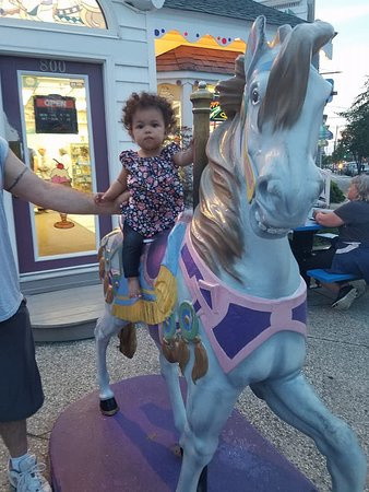 Hobby Horse Ice Cream Parlor: The front of Hobby Horse