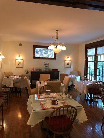 Palmer House Inn, the Main Dining Room
