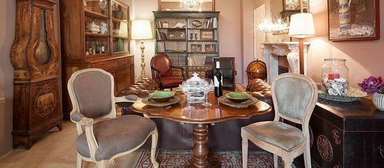 Petit Hotel Boutique La Indiana de Begur: Salón La Indiana. Cenas privadas, desayunos, copas...