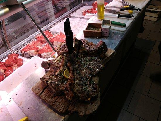 La Combriccola Del Fiasco: Qualche bistecchina