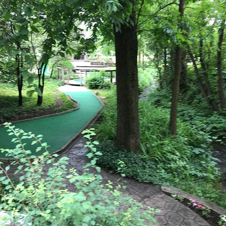 Lake Orion, MI: Perfect for family fun. Shady and beautiful putt-putt.  So happy to find this spot.