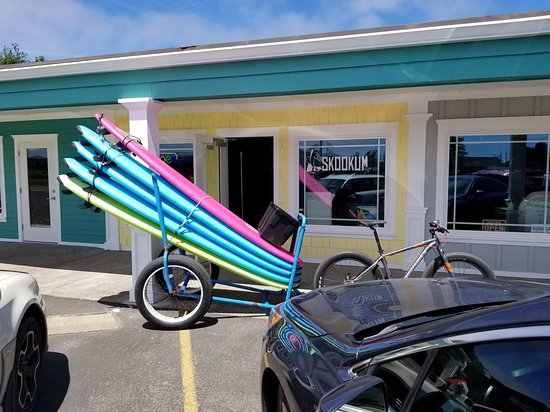 Skookum Surf Co.-Day Classes: Surfboard Trailer