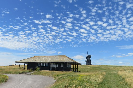 Rottingdean, UK: This is Beacon Hub Cafe open for refreshments before or after strolling round the Nature Reserve