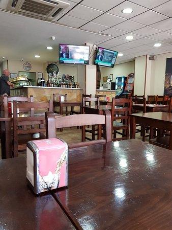 Cerveceria Los Montaditos: Great tapa bar and restaurant