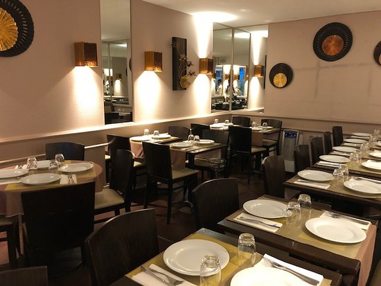 Kinnari: salle de restaurant