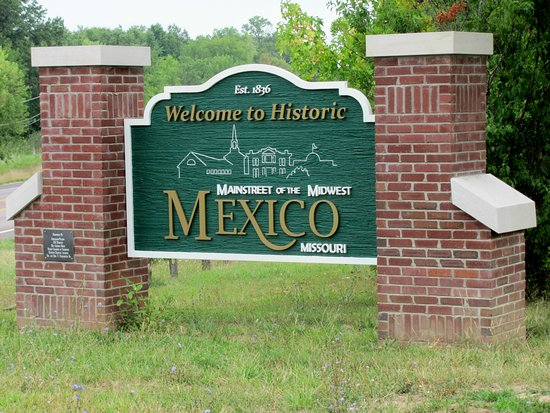 Stacey's Place: Welcome to Historic Mexico MO........ by Carl H.    =)~
