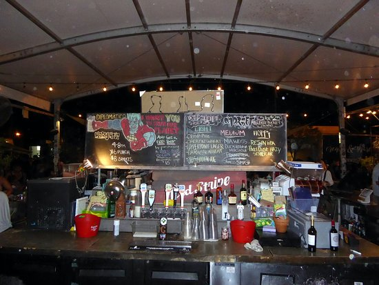 The Wynwood Yard: The Central Bar of Wynwood yard