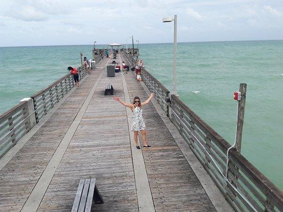 Dania Beach Fishing Pier Vista