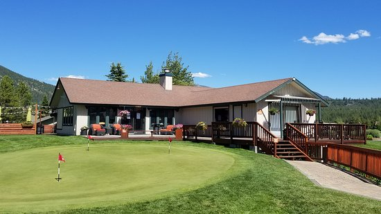 Gallatin Gateway, MT: Bog Sky Golf Course Club House