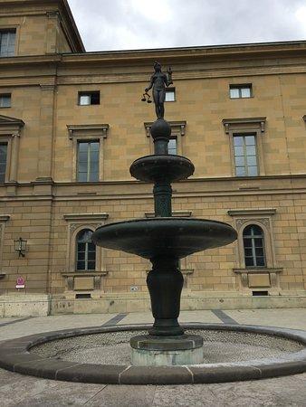 Kronprinz Rupprecht Brunnen