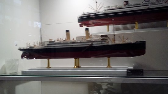 Mitsubishi Minatomirai Industrial Museum: models of ships constructed before