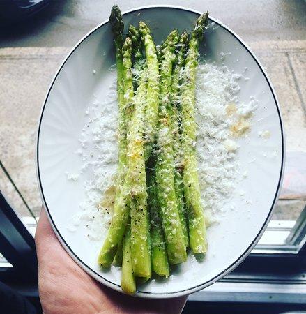 larrys: asparagus and pecorino