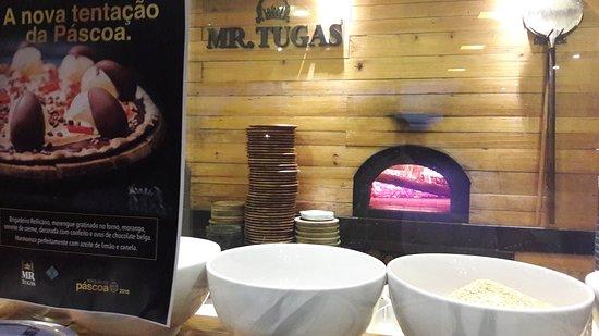Mr. Tugas: Forno à lenha