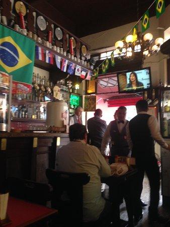 Bar Leo: Bar
