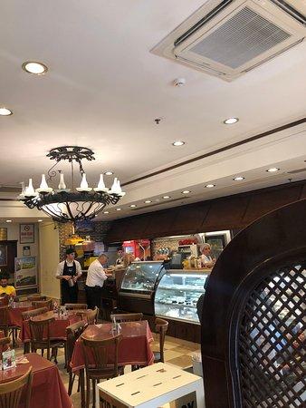 "Saray Muhallebicisi: ""شاي وقهوة ومهلبية من راعي المهلبية"""