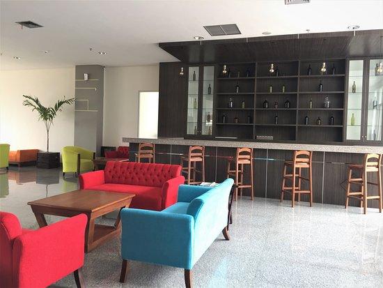 Swiss-Belhotel Pangkalpinang: Lobby Lounge