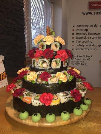 Sushi Kushi: Tort sushi na zamówienie