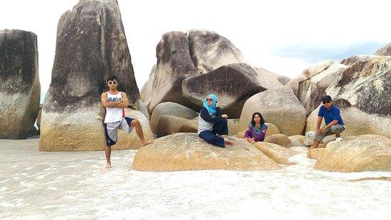 Romodong Beach: Keren kan buat foto-foto