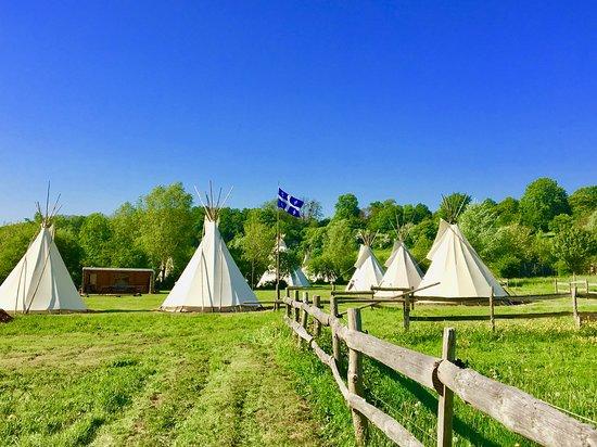 Brulon, Frankrike: Camp coté Quebec