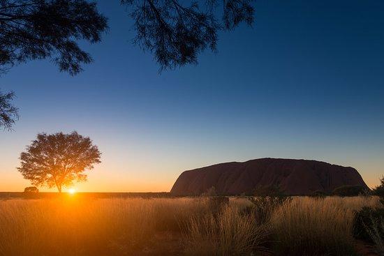 Northern Territory, Australia: Uluru at sunrise